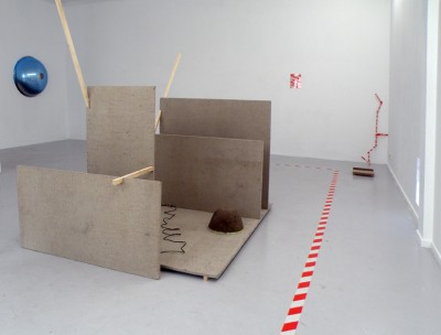 <p>Exhibition view, 2011, Ellen de Bruijne Projects</p>