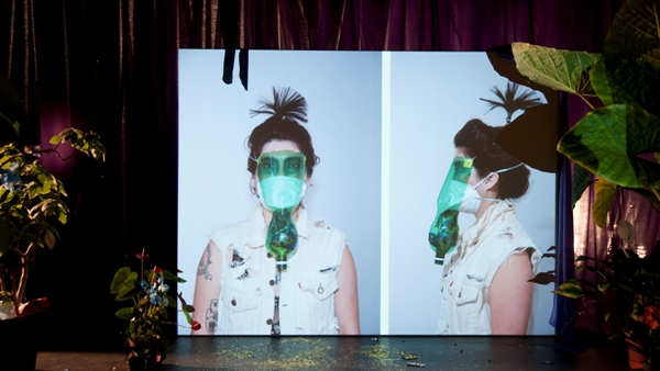 <p><em>Toxic</em>, 2012, installation with Super 16mm film / HD 13 min. and archive</p>